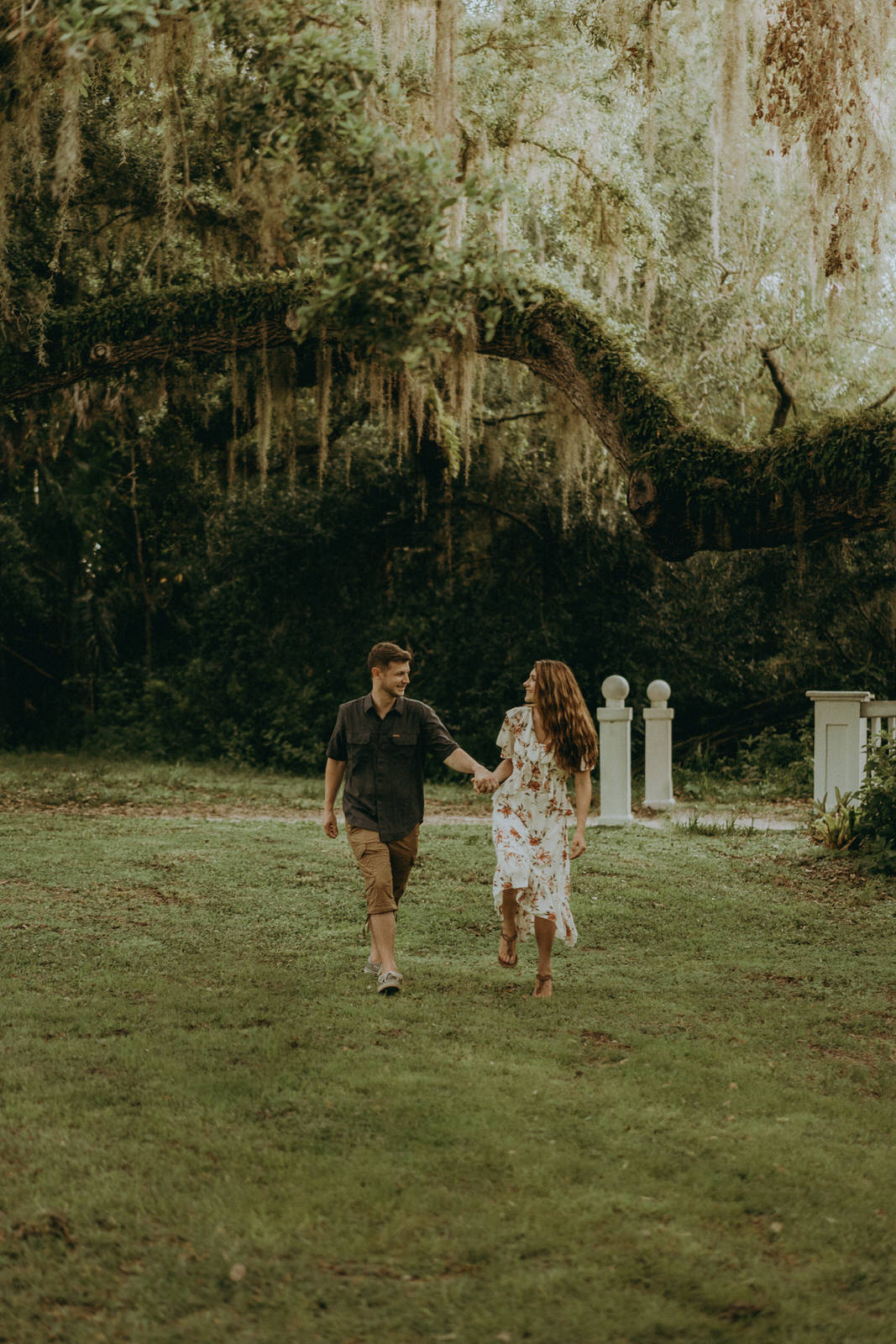 Florida Wedding Photographer-Michelle Gonzalez Photography-Koreshan State Historic Site-Rhiannon and Chris-145.jpg