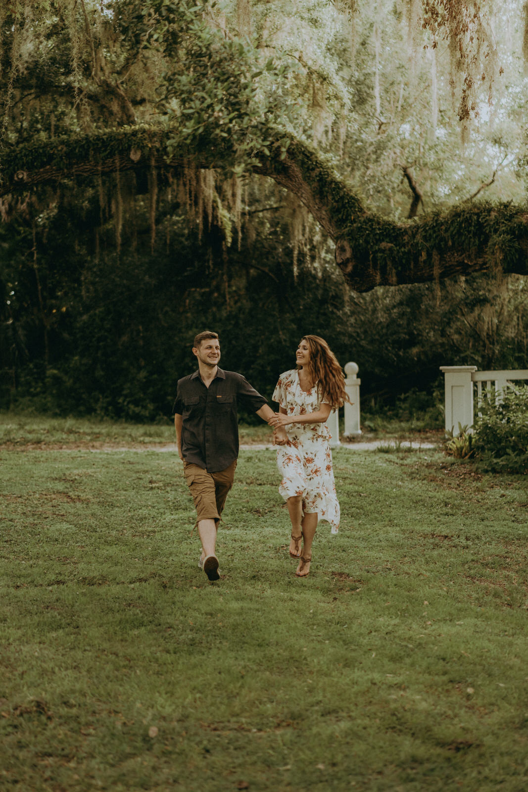 Florida Wedding Photographer-Michelle Gonzalez Photography-Koreshan State Historic Site-Rhiannon and Chris-146.jpg