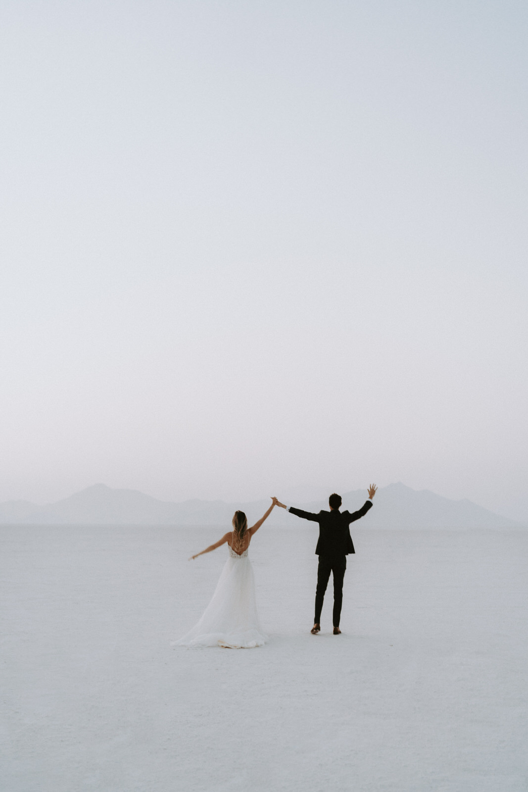 Bonneville Salt Flats Elopement- Utah Elopement Adventurous Wedding Photographer-569.jpg