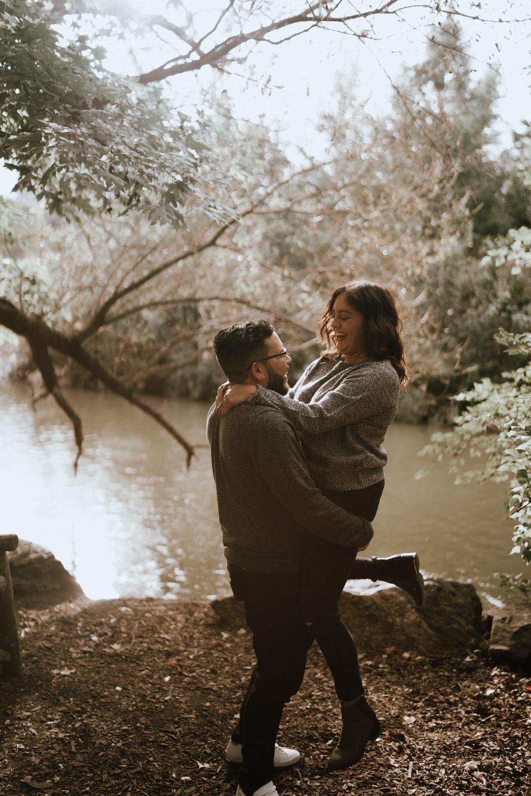 Central Park Engagement Photos-Bow Bridge-Michelle Gonzalez Photography-Alyssa and Cecilio-77.JPG