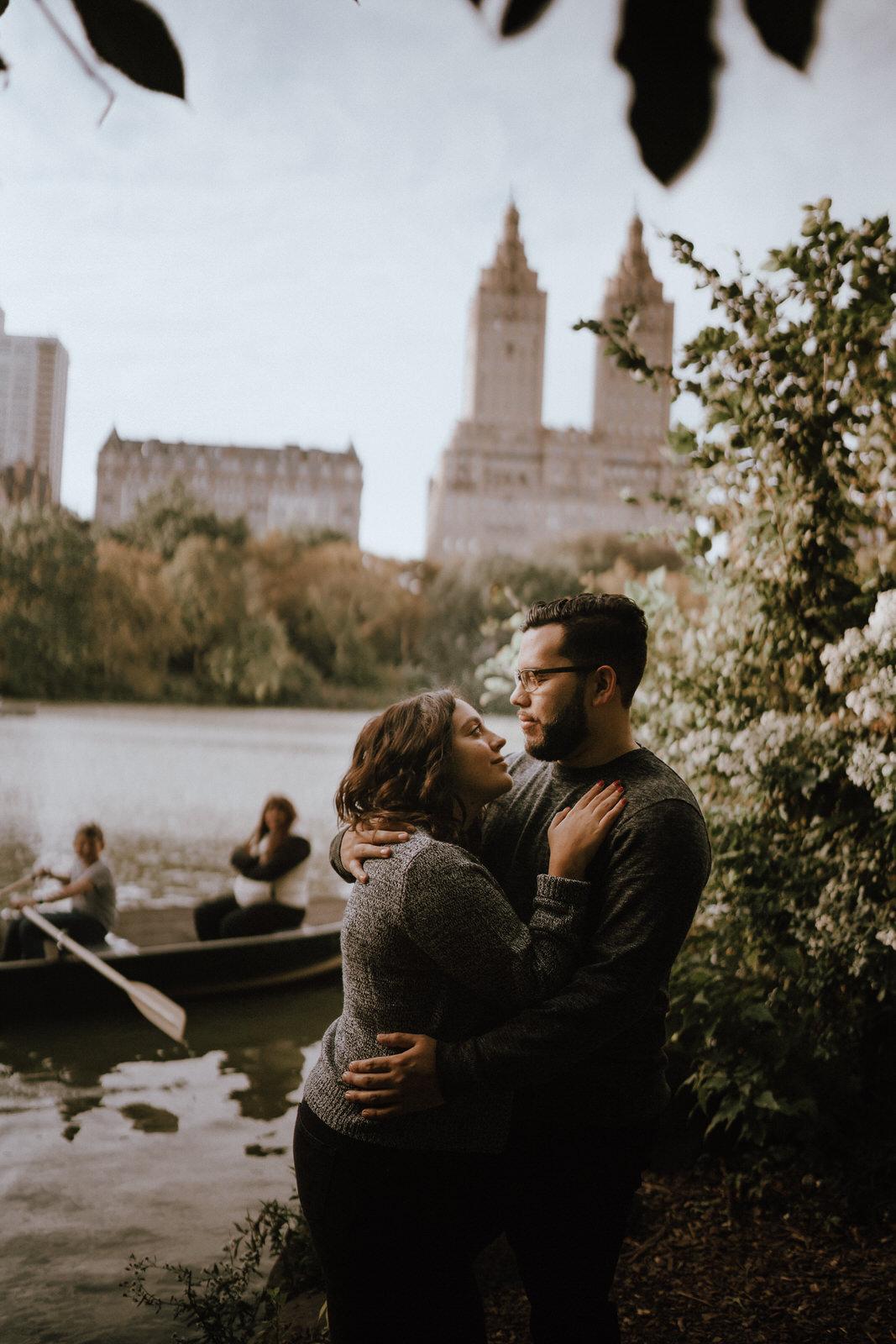 Central Park Engagement Photos-Bow Bridge-Michelle Gonzalez Photography-Alyssa and Cecilio-110.JPG