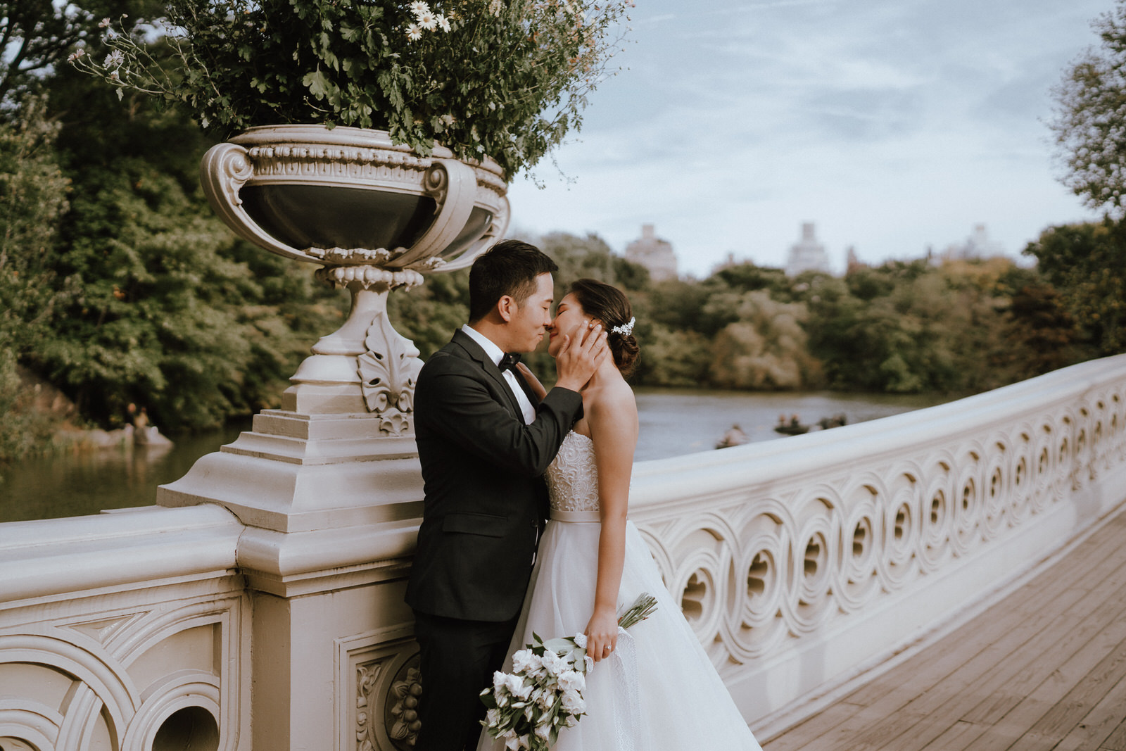 Central Park Elopement Photos-Bow Bridge-Michelle Gonzalez Photography- New York Wedding Photographer-13.jpg