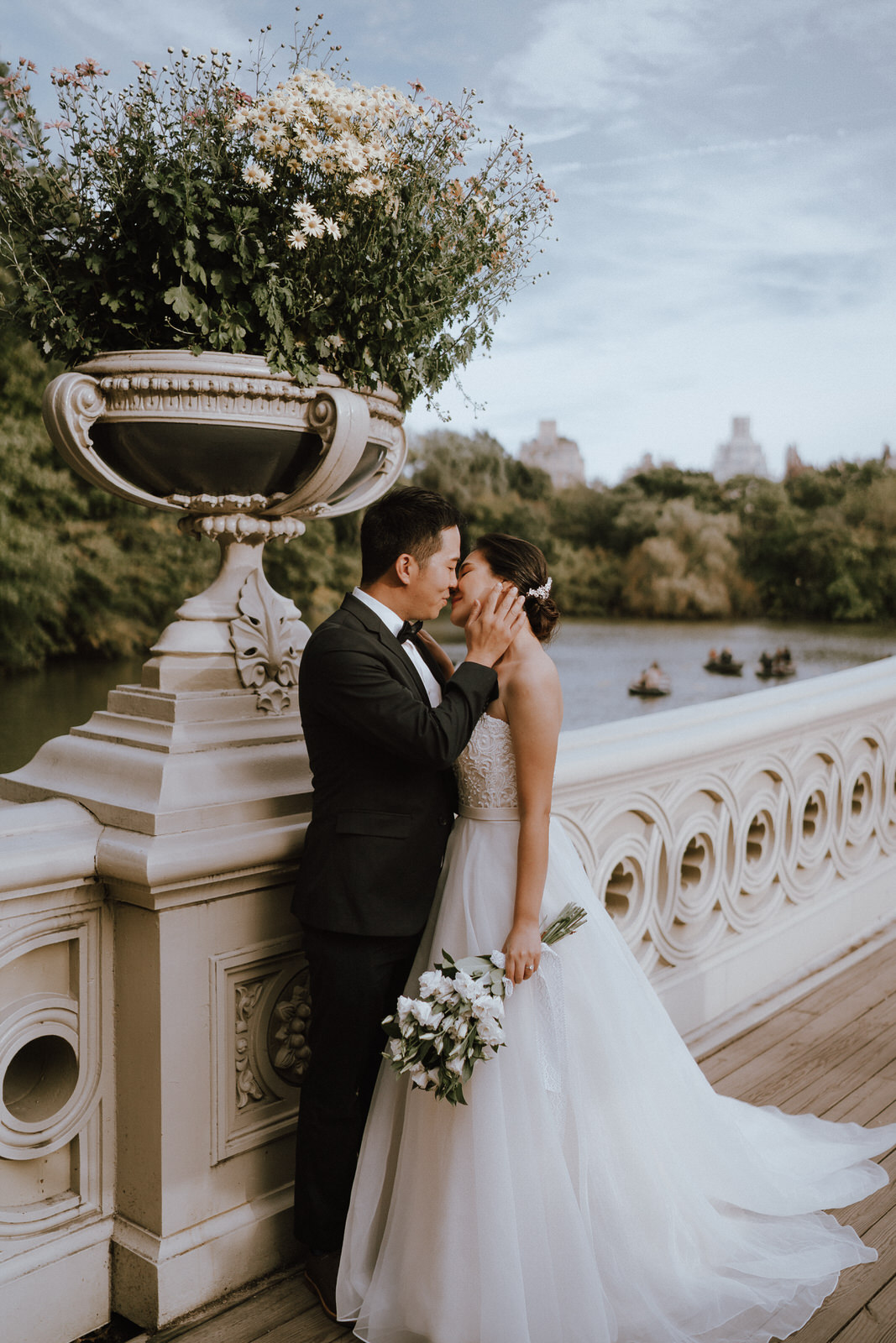Central Park Elopement Photos-Bow Bridge-Michelle Gonzalez Photography- New York Wedding Photographer-14.jpg