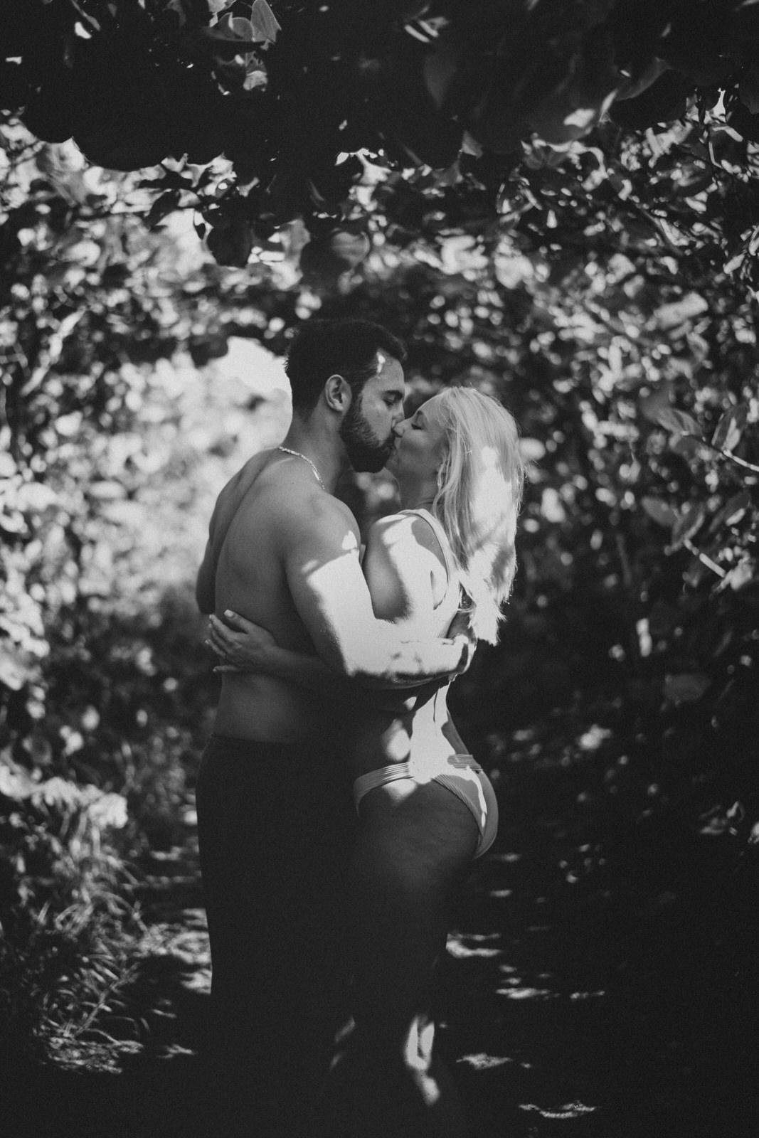 Jupiter Wedding Photographer-Blowing Rocks Preserve Couple photos-Tessa-136.JPG
