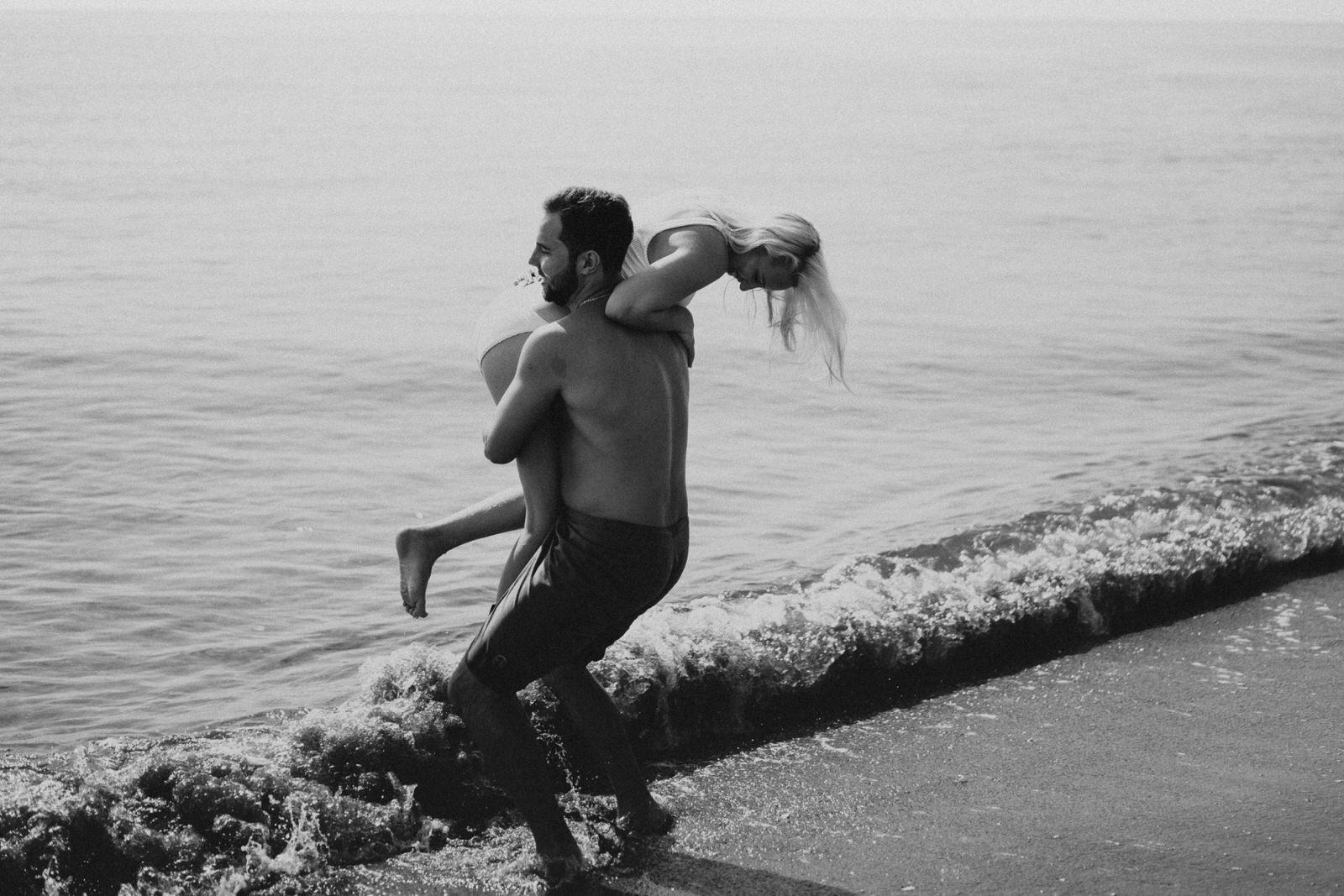 Jupiter Wedding Photographer-Blowing Rocks Preserve Couple photos-Tessa-180.JPG