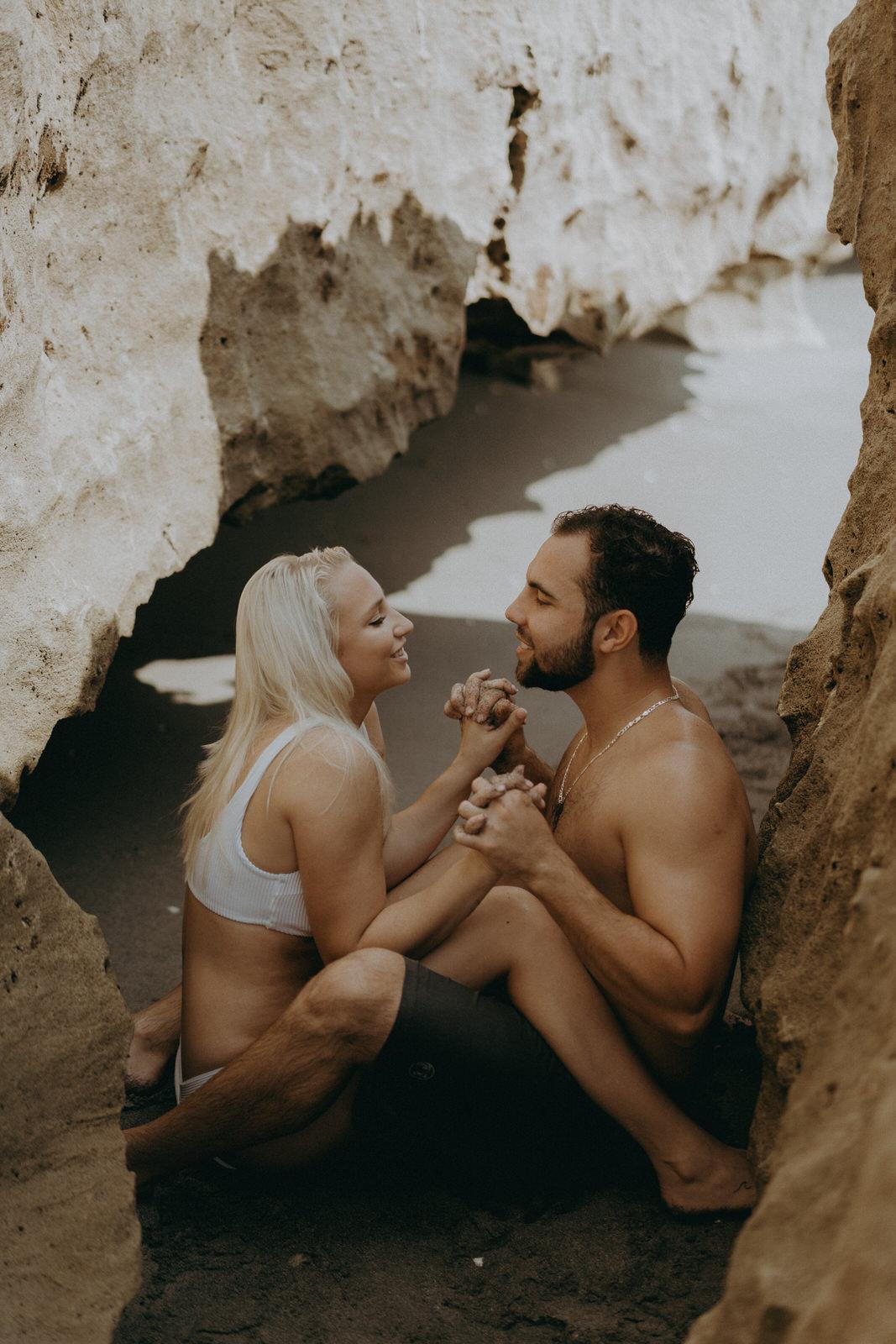 Jupiter Wedding Photographer-Blowing Rocks Preserve Couple photos-Tessa-307.JPG