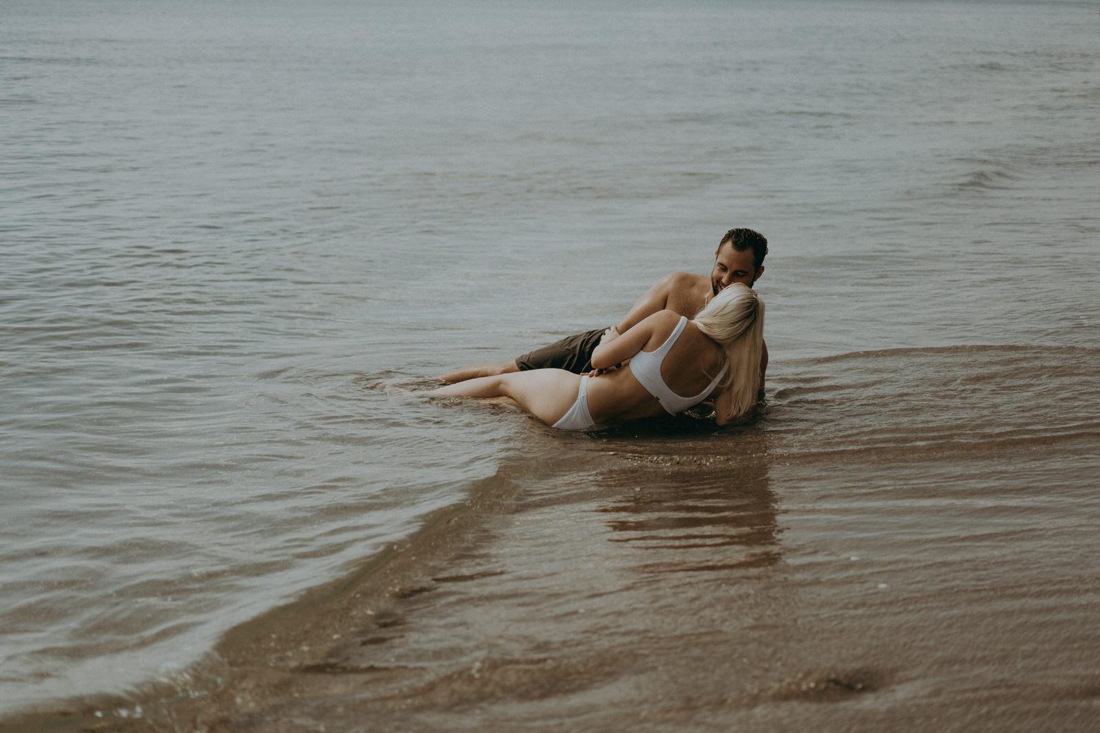 Jupiter Wedding Photographer-Blowing Rocks Preserve Couple photos-Tessa-342.JPG