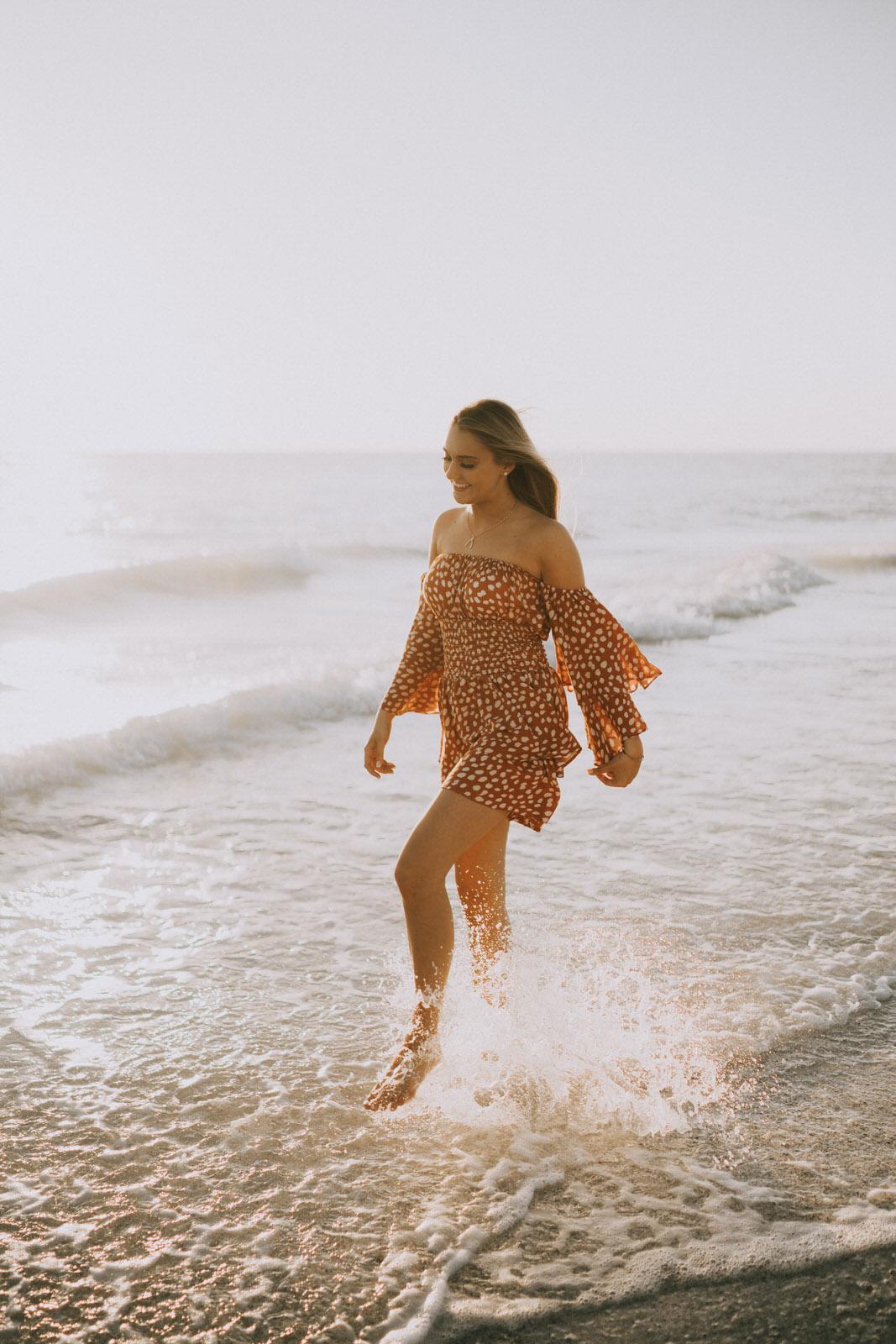 Fort Myers Senior Photos on Bonita Beach - Michelle Gonzalez Photography - Skyler Hart-92.JPG
