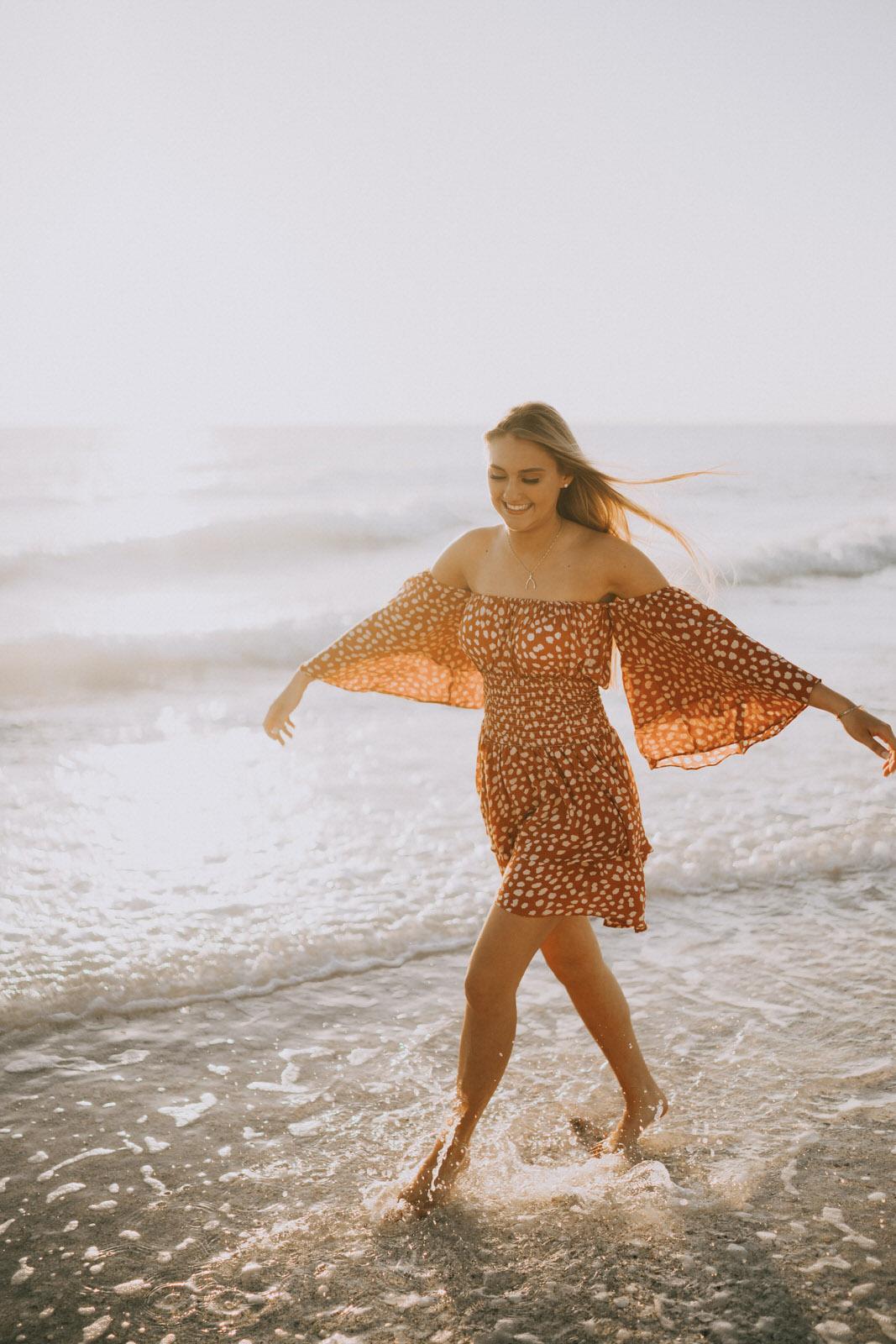 Fort Myers Senior Photos on Bonita Beach - Michelle Gonzalez Photography - Skyler Hart-99.JPG