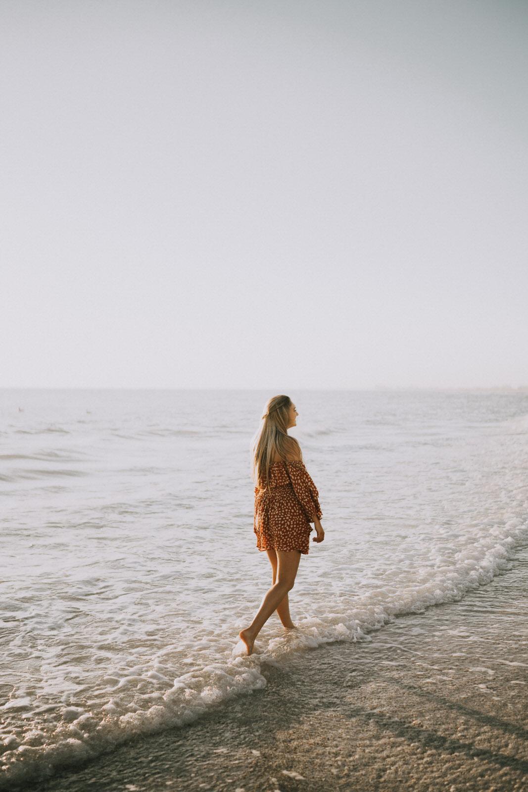 Fort Myers Senior Photos on Bonita Beach - Michelle Gonzalez Photography - Skyler Hart-106.JPG