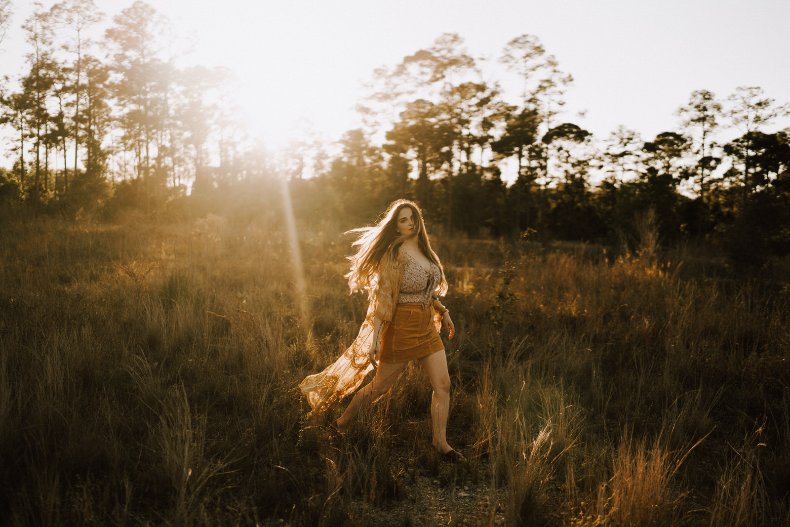 Fort Myers Senior Photos on a Field - Michelle Gonzalez Photography - Stephanie Blum-91.JPG