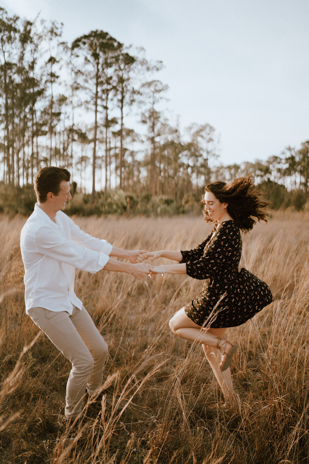Couple Photos on a Field- Fort Myers Florida- Michelle Gonzalez Photography- Bruna and Brendan-59.JPG