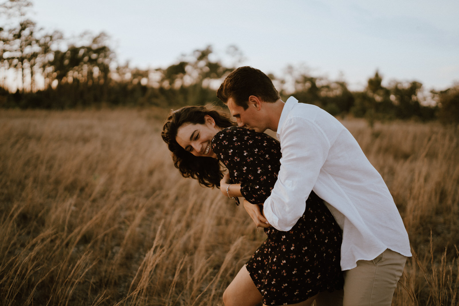 Couple Photos on a Field- Fort Myers Florida- Michelle Gonzalez Photography- Bruna and Brendan-131.JPG