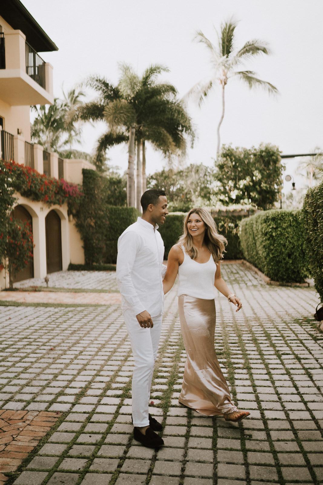 Naples 5th Ave Engagement Photos- Michelle Gonzalez Photography- Michele + Troy-2.JPG