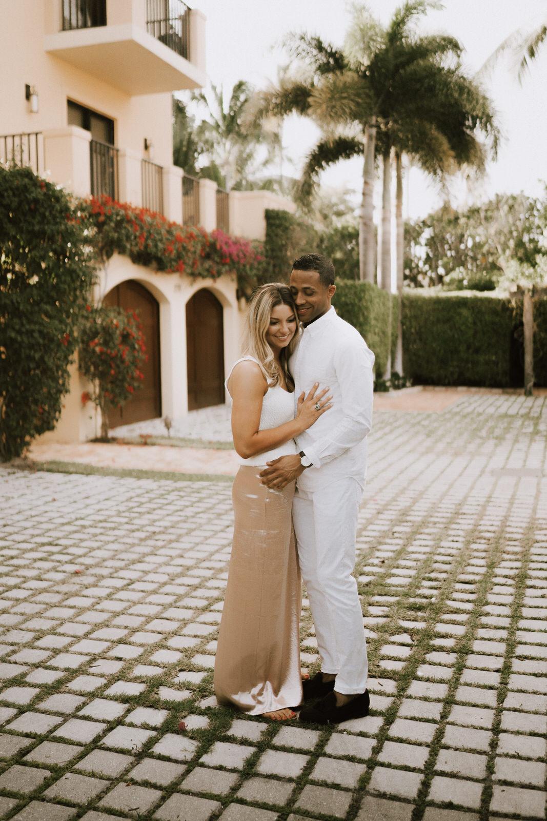 Naples 5th Ave Engagement Photos- Michelle Gonzalez Photography- Michele + Troy-6.JPG