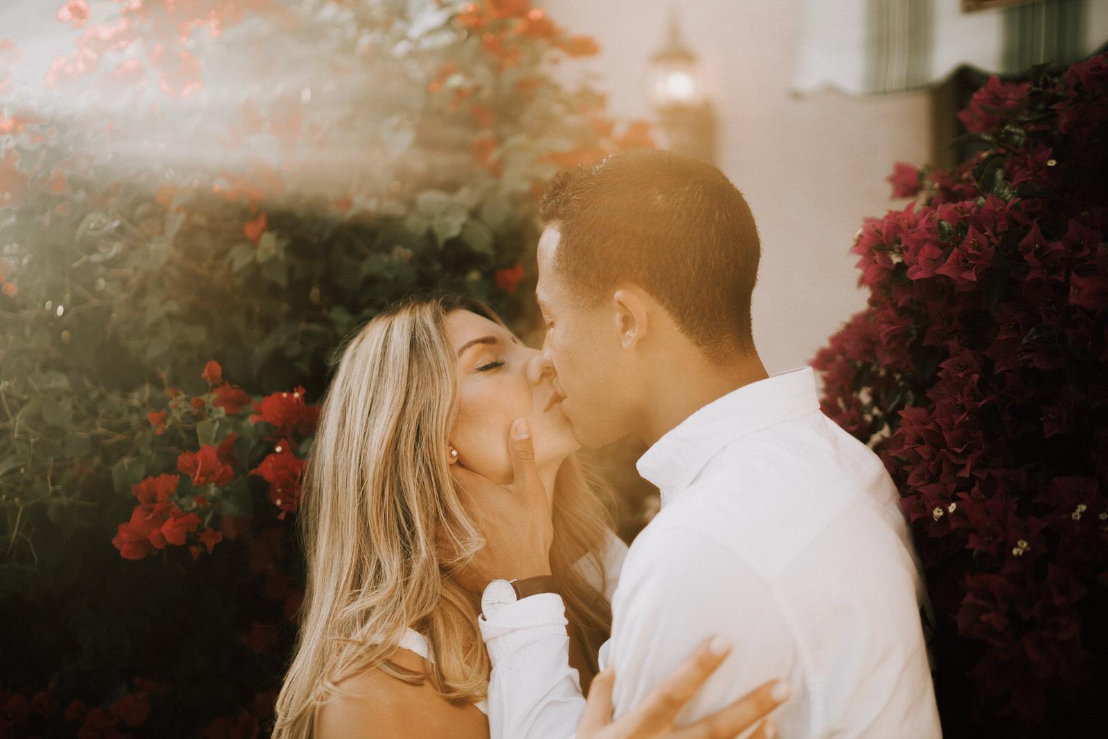 Naples 5th Ave Engagement Photos- Michelle Gonzalez Photography- Michele + Troy-163.JPG
