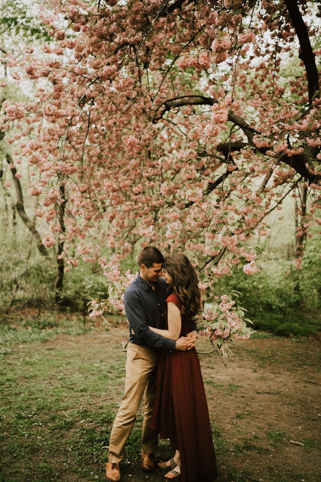 Central Park NYC Engagement Photos- Michelle Gonzalez Photography - Ashley and Joseph-128-120.jpg
