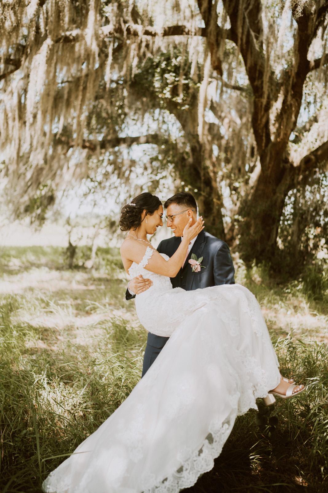 South Florida  Boho Inspired Spring Wedding - Michelle Gonzalez Photography - Nancy and Daniel-395.jpg
