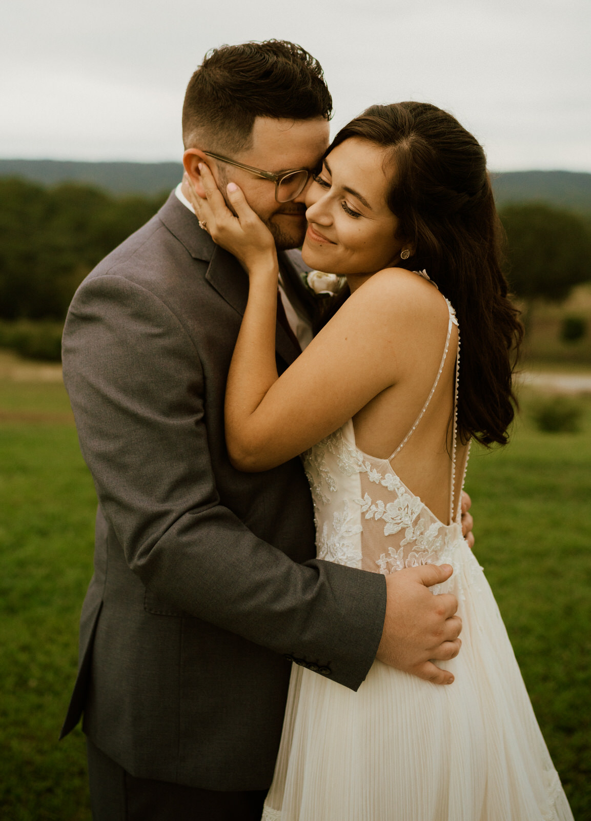Howe Farms Chattanooga Tennessee Wedding- Michelle Gonzalez Photography- Kaylee and Jesse Cline-1013.JPG