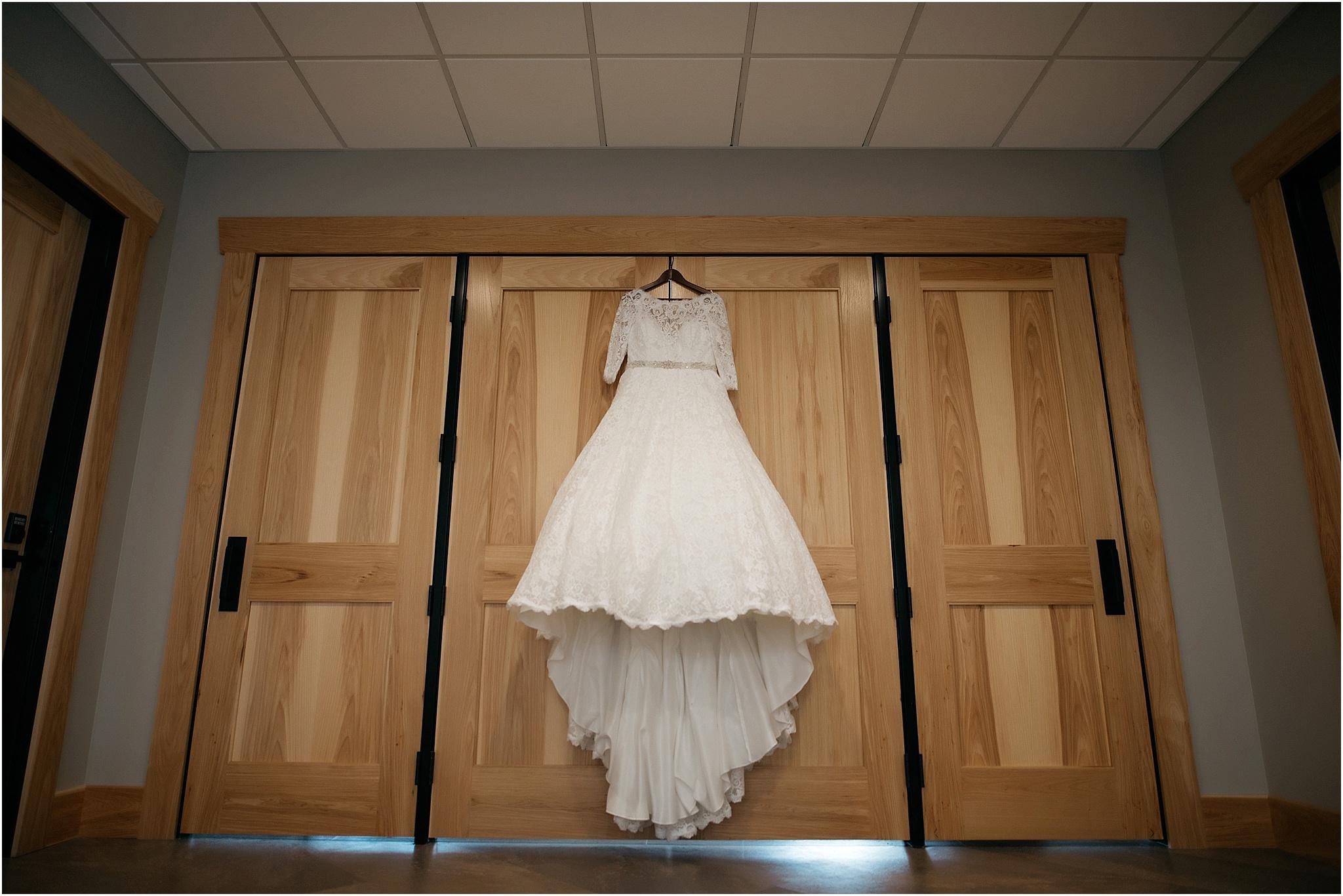 Indianapolis-Wedding-Photographer_0677.jpg