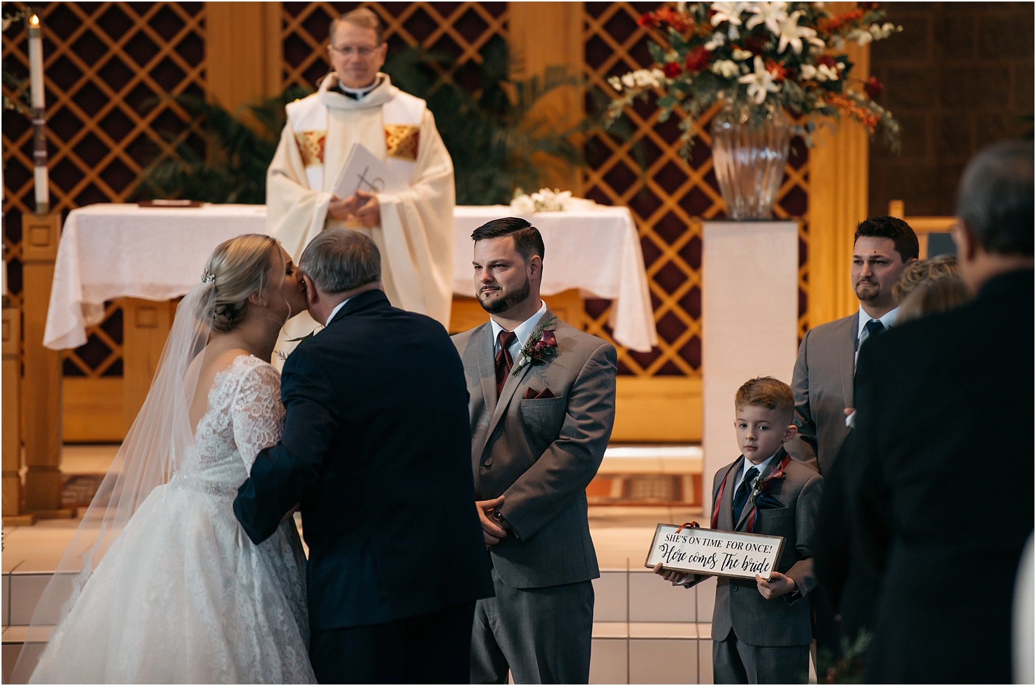 Indianapolis-Wedding-Photographer_0704.jpg