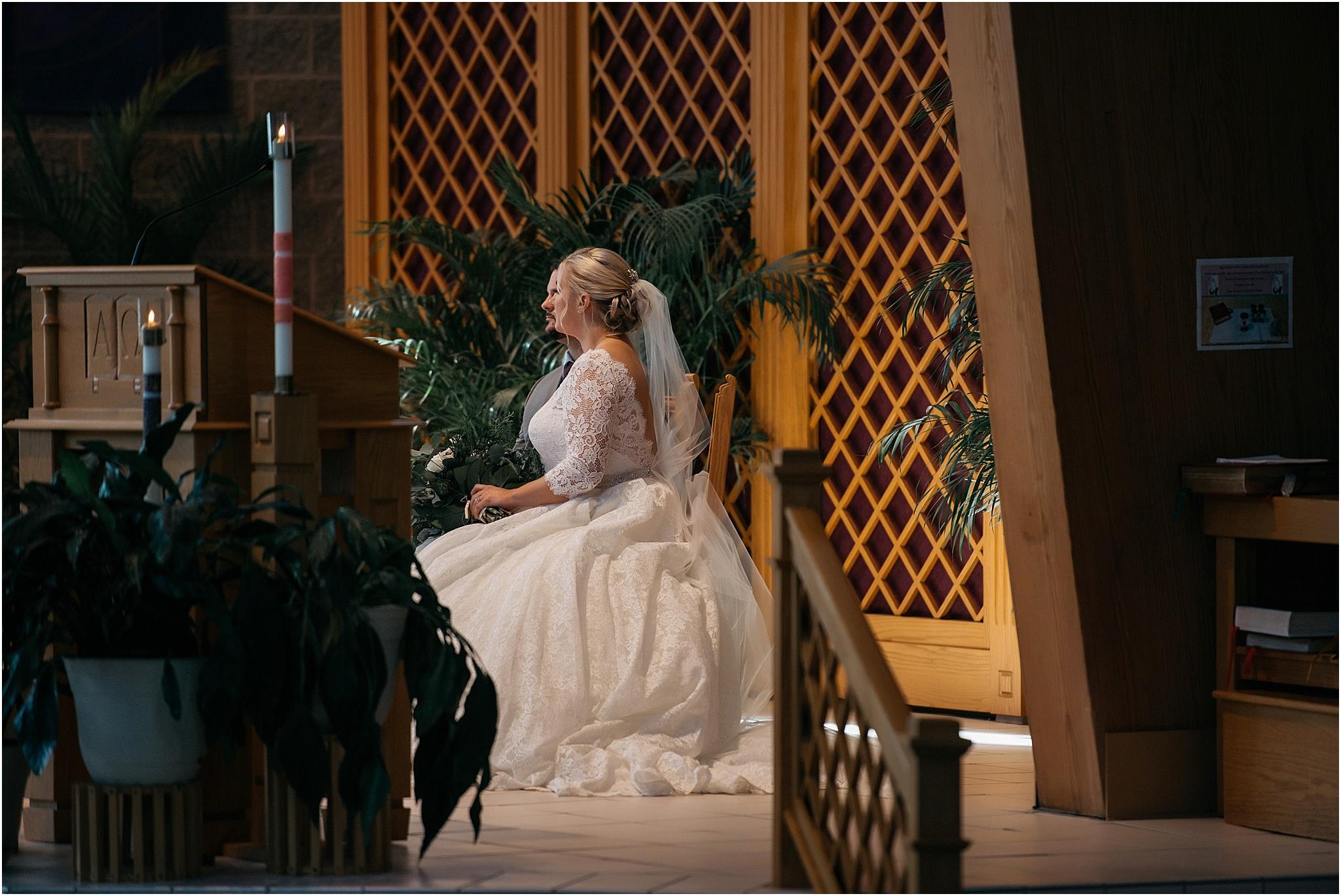 Indianapolis-Wedding-Photographer_0705.jpg