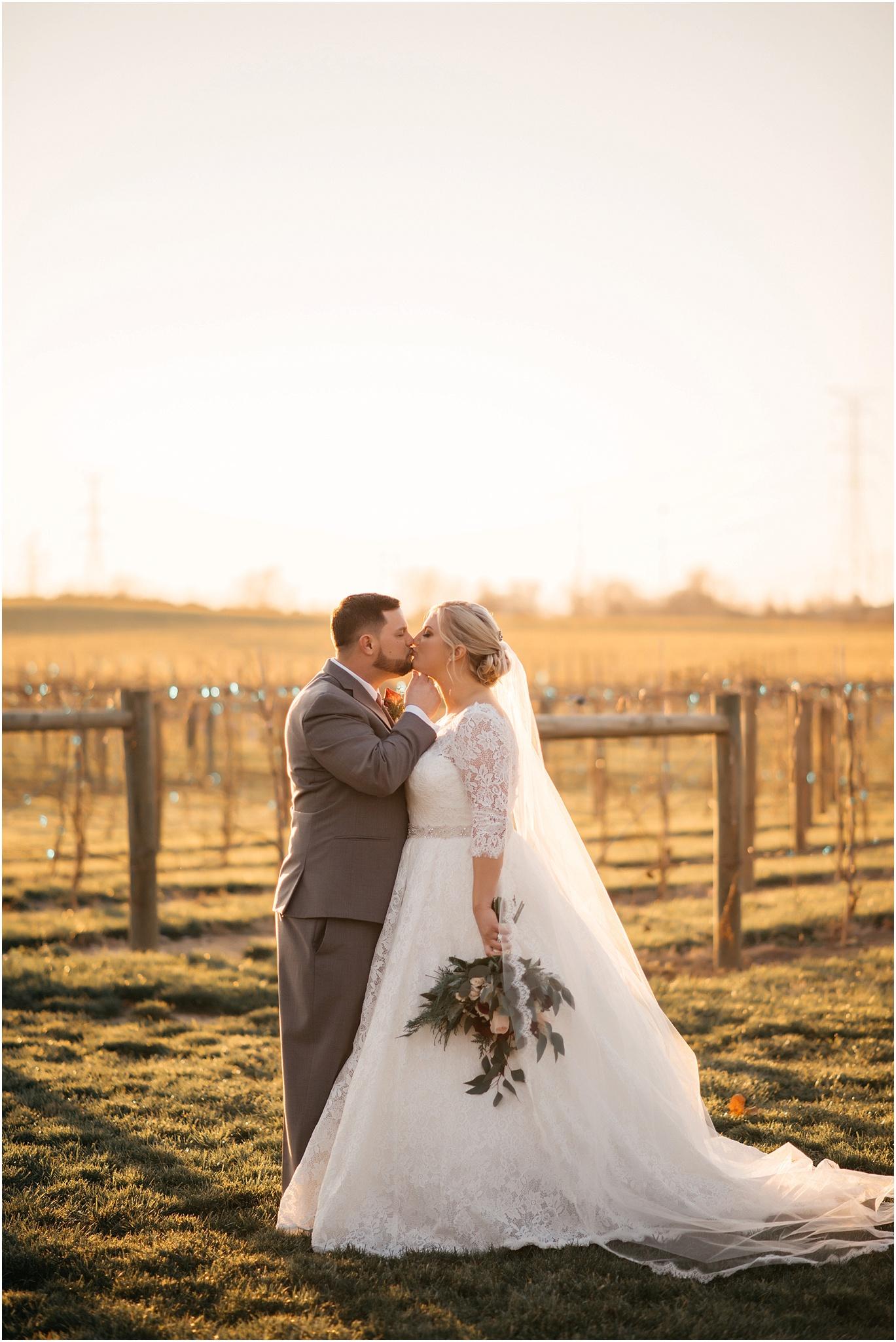 Indianapolis-Wedding-Photographer_0724.jpg