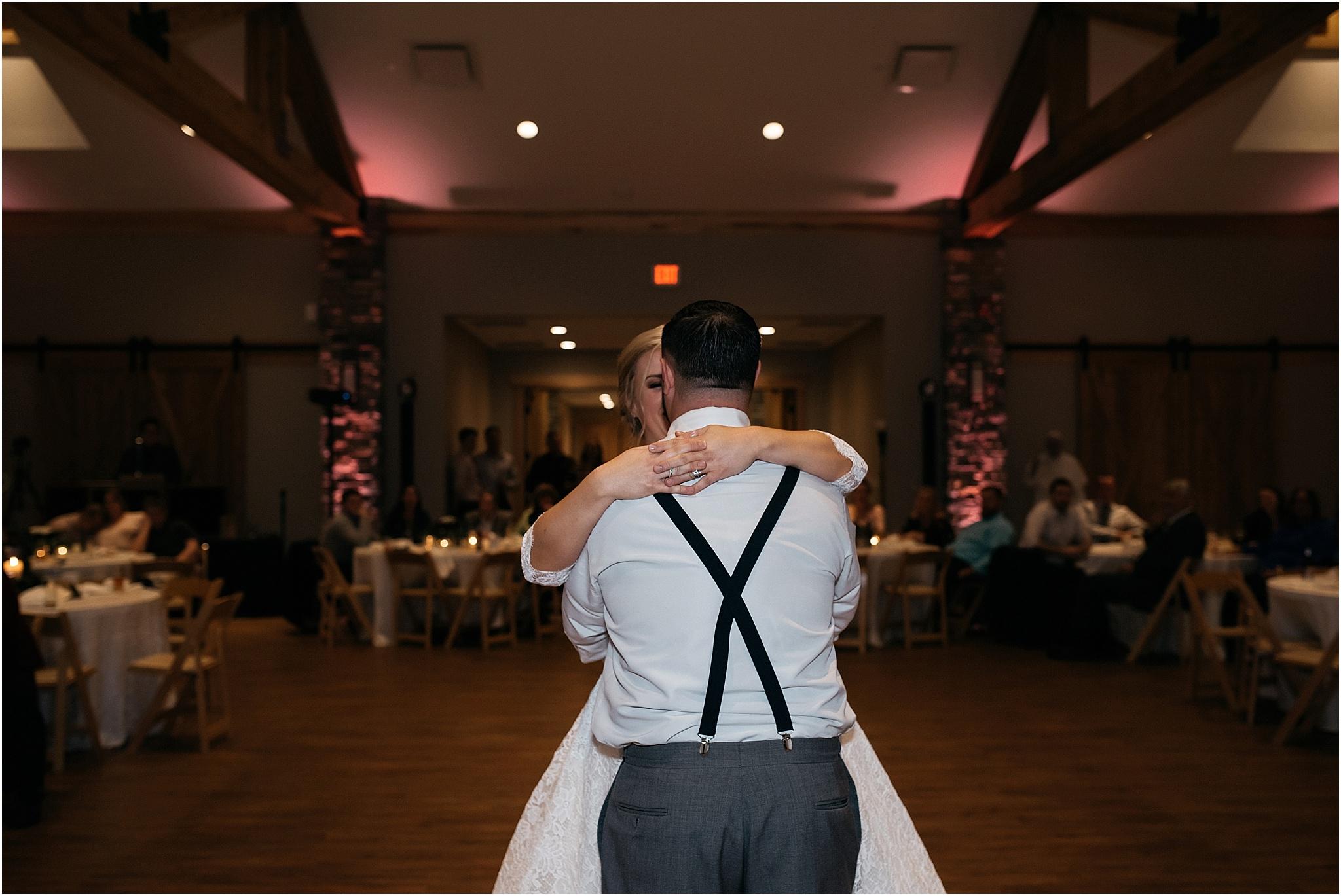 Indianapolis-Wedding-Photographer_0735.jpg