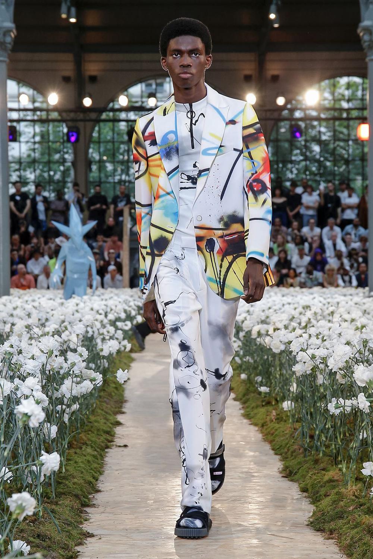 off-white-spring-summer-2020-paris-fashion-week-runway-show-32.jpg
