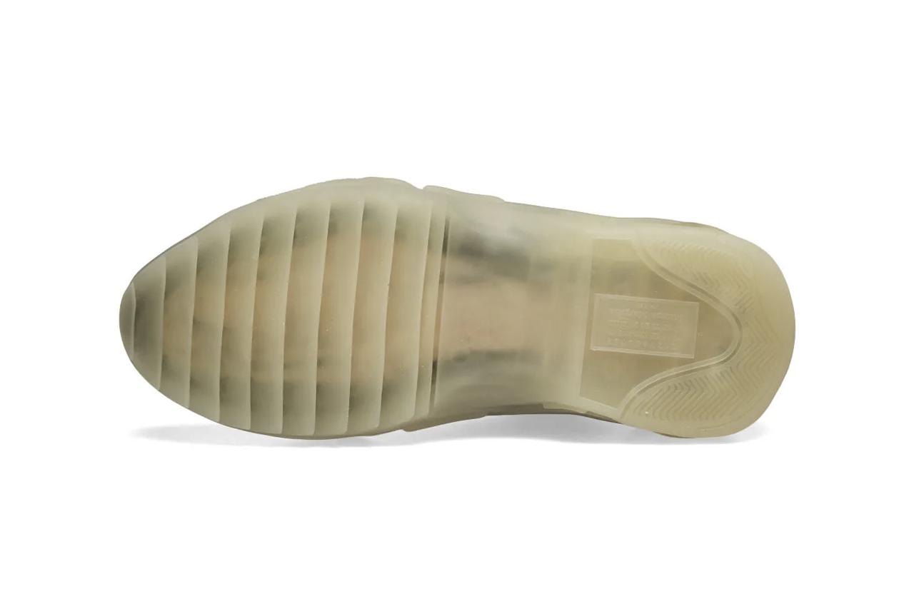 maison-margiela-22-new-future-low-sneaker-black-white-release-information-4.jpg