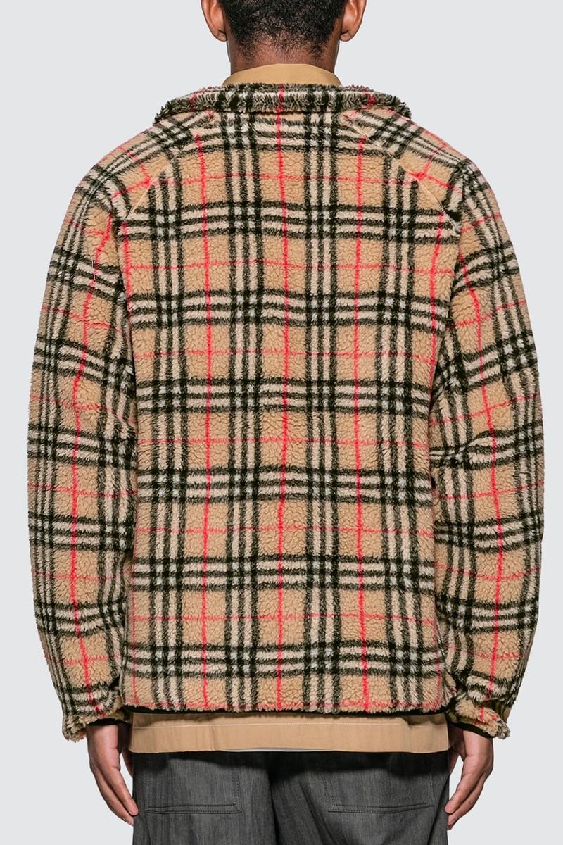 https___hypebeast.com_image_2019_07_burberry-vintage-check-faux-shearling-ensemble-002.jpg