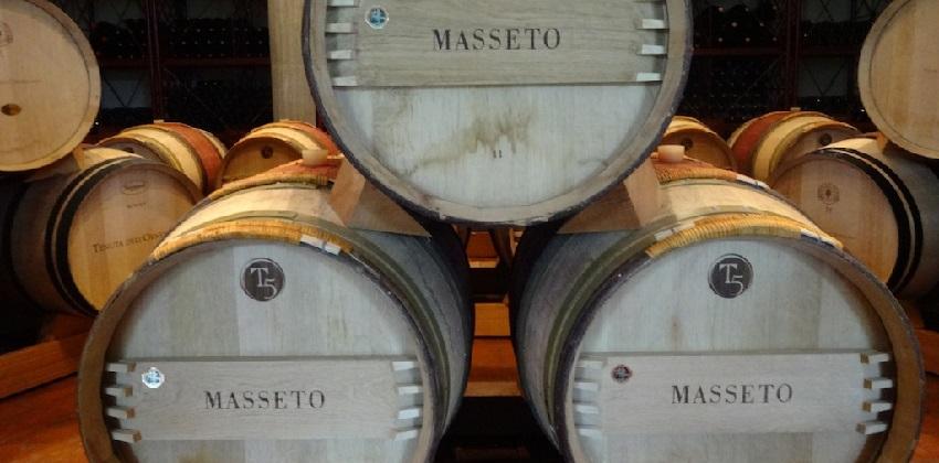 Supertuscans-wine-experience-Italys-Finest-11.jpg