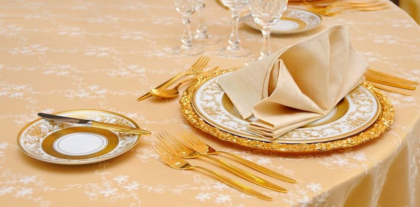06-Dine-with-the-aristocrats-Italys-Finest.jpg