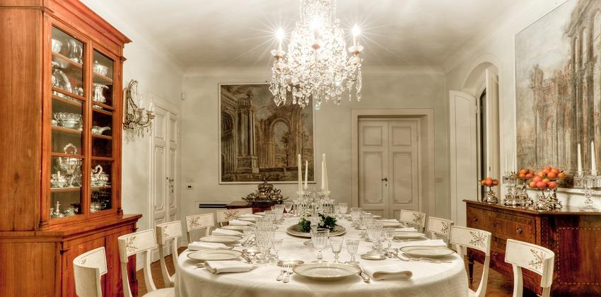 12-Dine-with-the-aristocrats-Italys-Finest.jpg