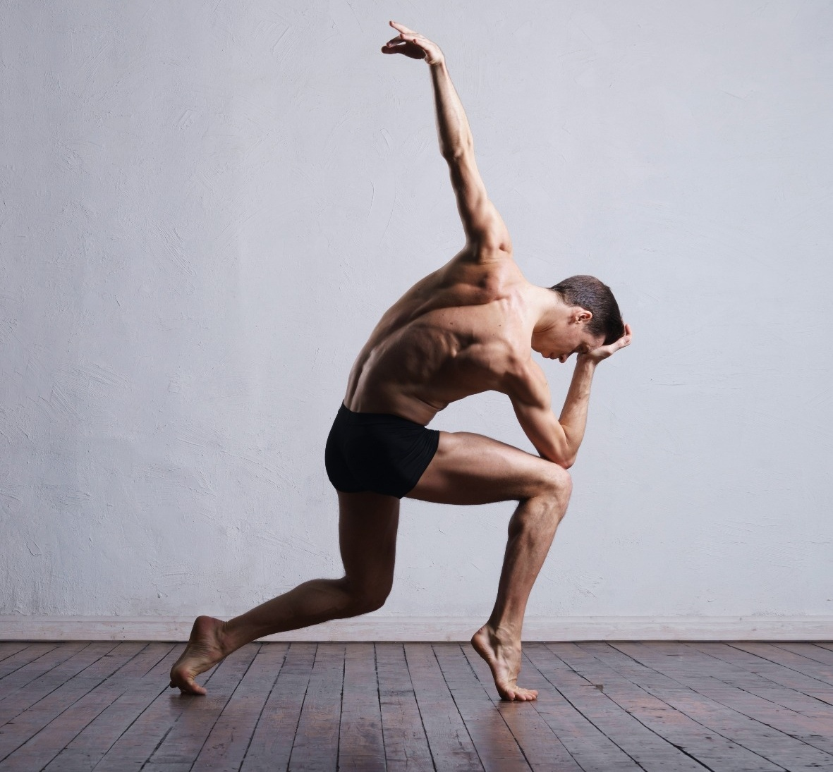 BODY AWARENESS - The Basic level slowly introduces you to the basic exercises and techniques that will gradually improve your balance, strength, flexibility and endurance.