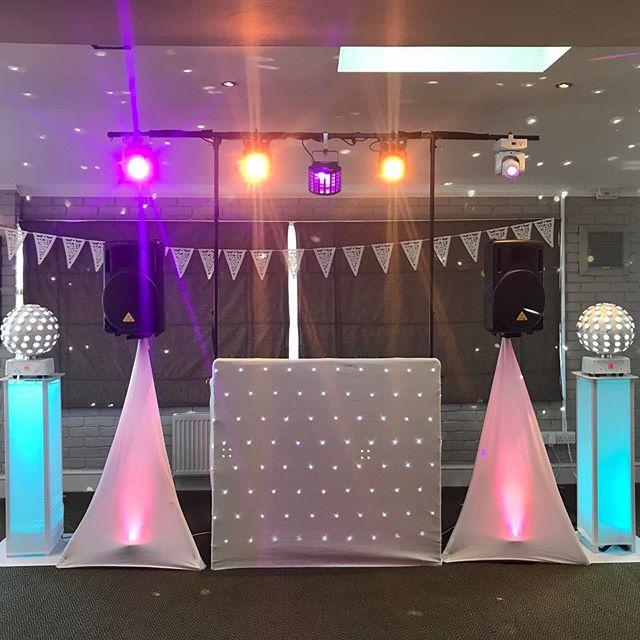 Woh! What a gorgeous set up for Shannon & Georgie who are celebrating their wedding today! 🥰  @botanybayhotel • • • • • #kent #disco #faversham #discoteca #funk #bride #ramsgate #nudisco #rumba #weddingday #canterbury #weddingdress #club #deephouse #weddingphotography #housemusic #bridal #techhouse #techno #fiesta #weddinginspiration #weddingphotographer #groom #свадьба #weddings #bridetobe #instawedding #casamento #weddingideas #weddingplanner