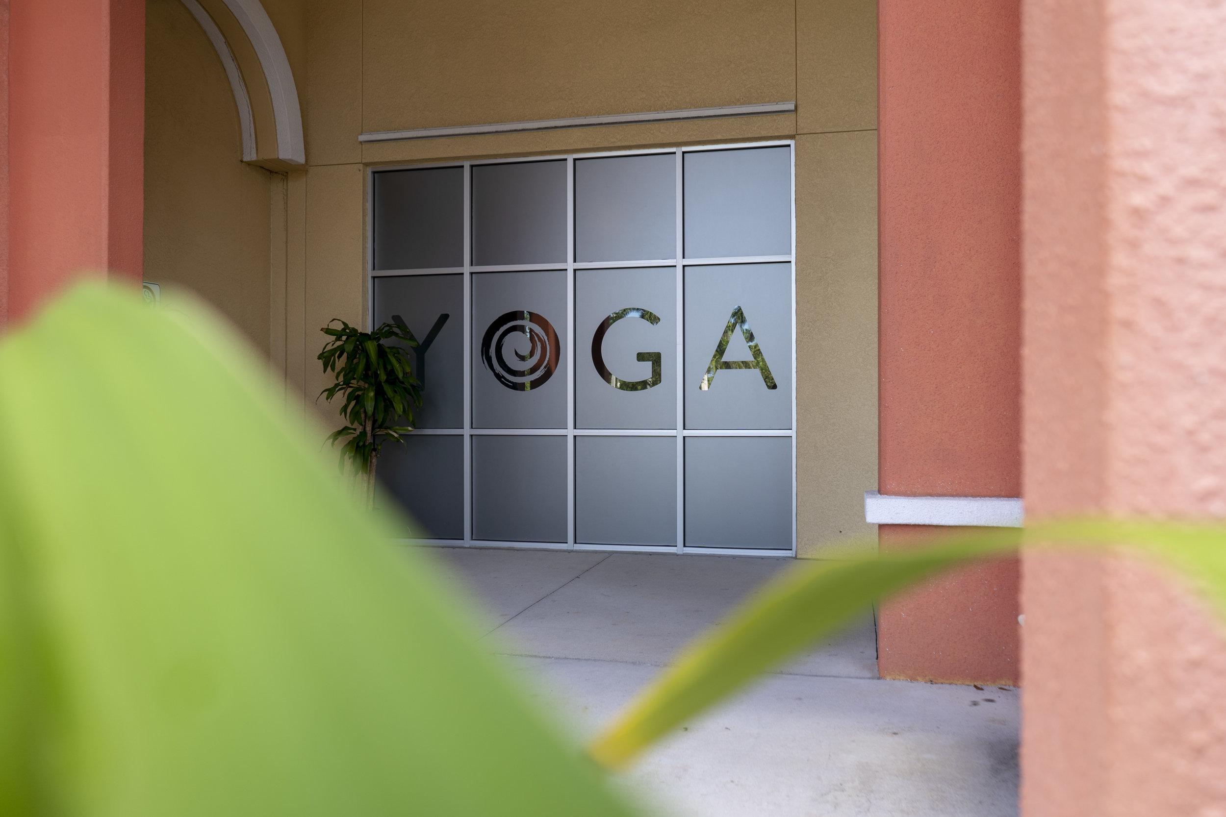 practice-yoga_45164994641_o.jpg