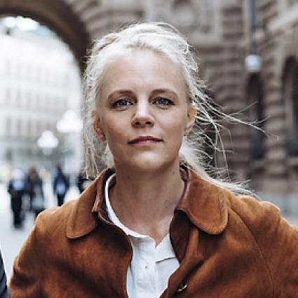 """Enligt forskning innehåller cirka 90% av alla scener i mainstreamporren fysisk aggression bland annat slag, stryptag, """"gagging"""" och """"ass to mouth"""".Jenny Holmström, Porrfri Barndom -"""