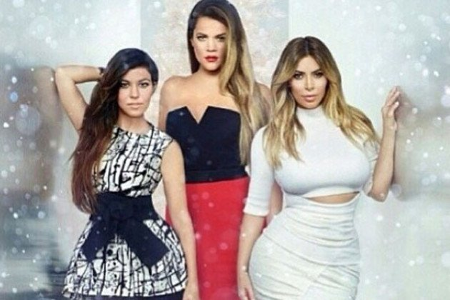 xkim-khloe-and-kourtney.jpg.pagespeed.ic.Qhf3iDqzPV.jpg