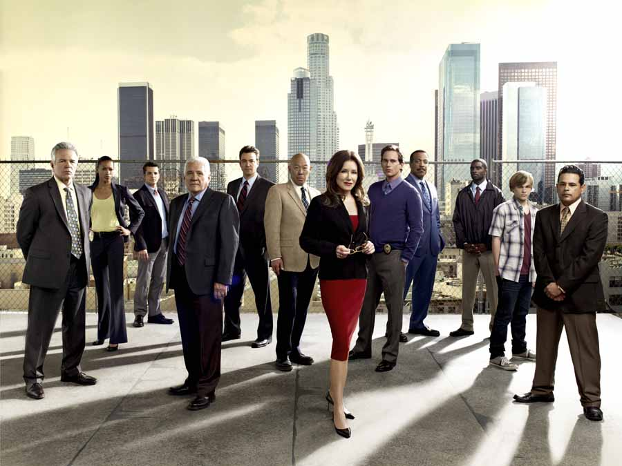 22371_001_25719_C1 major crimes cast mary mcdonnell tony denison gw bailey cruz chan gossett keene+MAJOR CRIMES TNT.jpeg