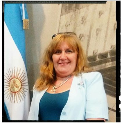 Sra. Stella Zanotti    Secretaría