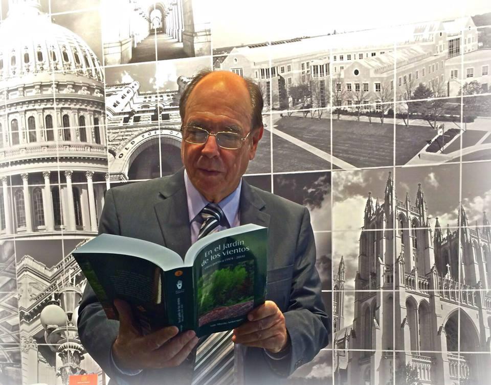 Luis Alberto Ambroggio - Presidente de la Delegación de la Academia Norteamericana de la Lengua Española en Washington D.C.