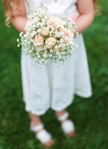 flower girl bouquet.s.jpg