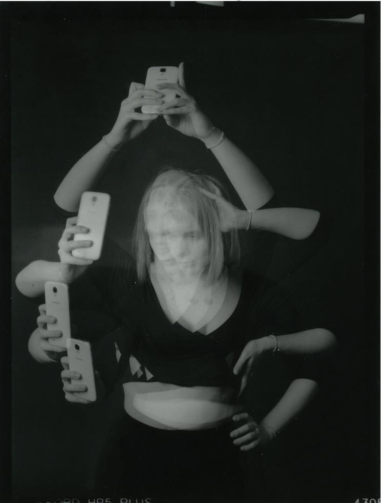 SelfieHands copy.jpg