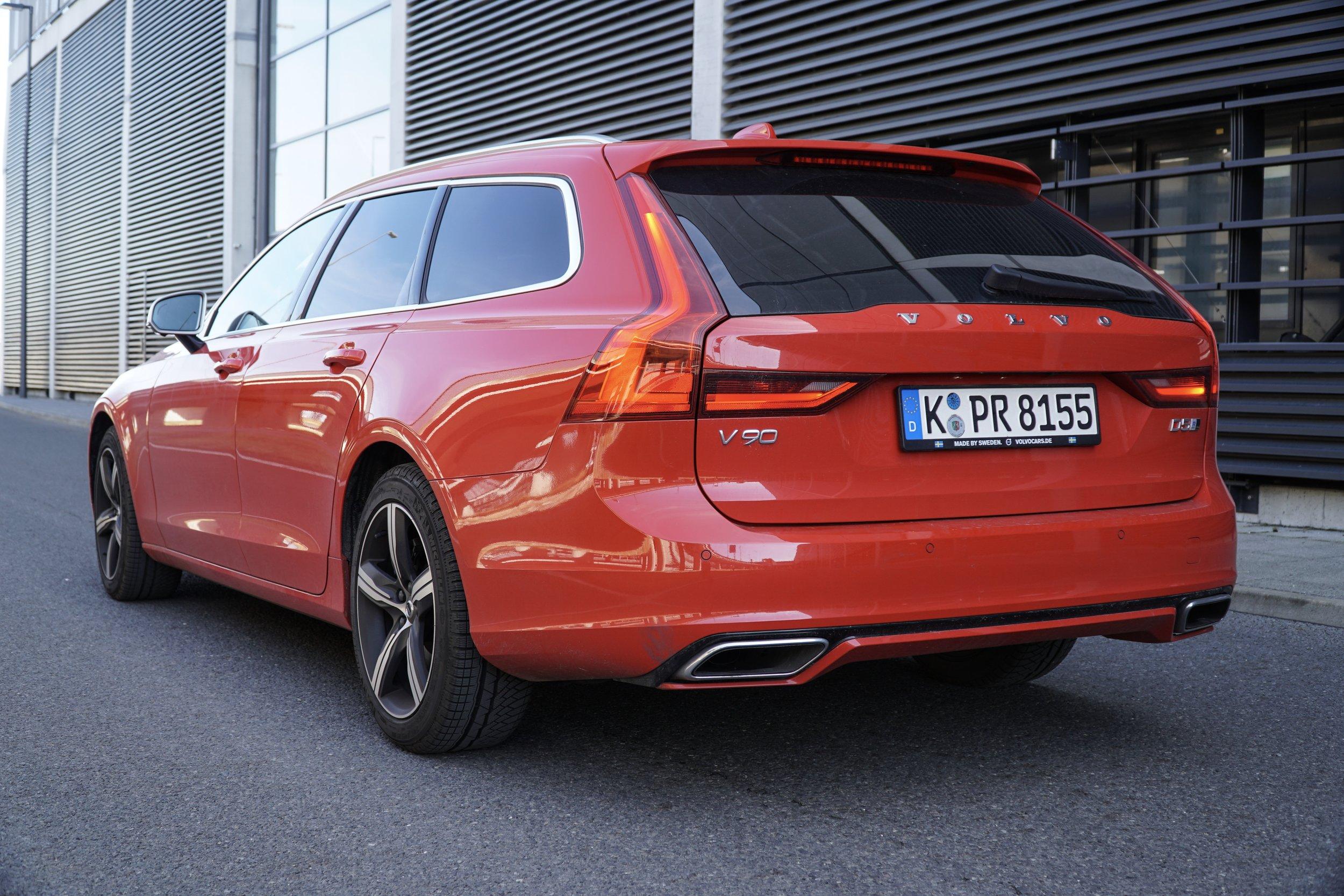 Volvo V90 D5 AWD R-Design