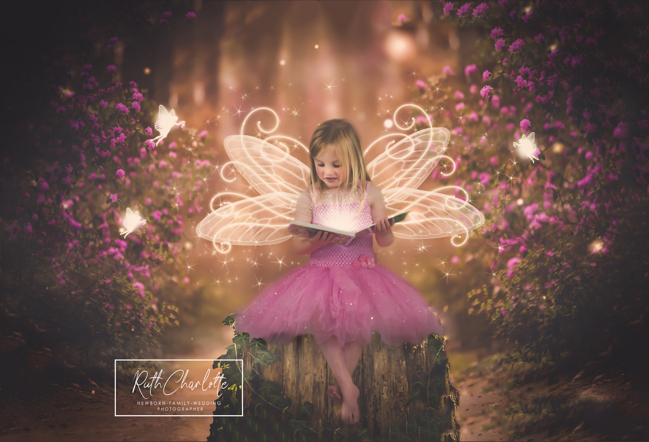 FAIRY IN THE FOREST READING A BOOK AYRSHIRE PHOTOGRAPHER