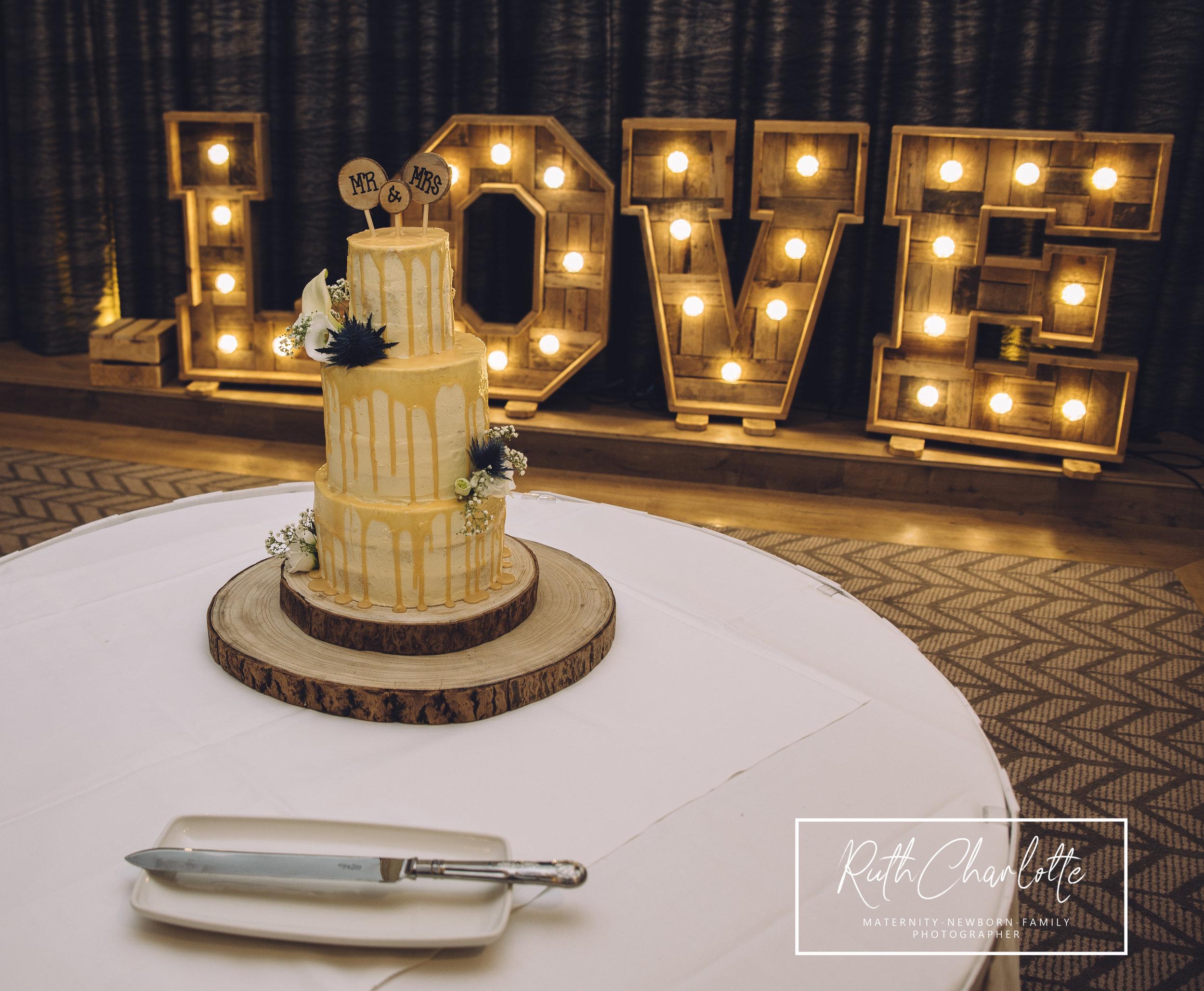 Wedding cake grand central hotel
