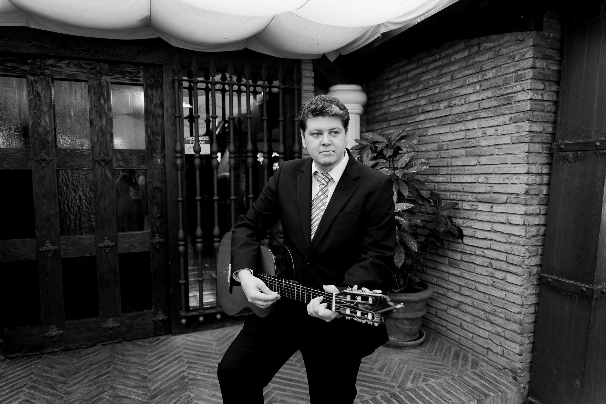 invitado guitarrista restaurante barros