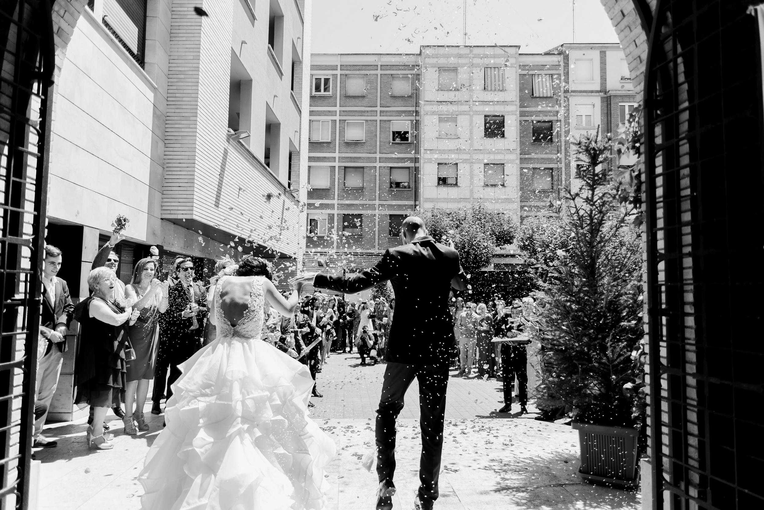 arroz boda iglesia valvanera logroño fotógrafos