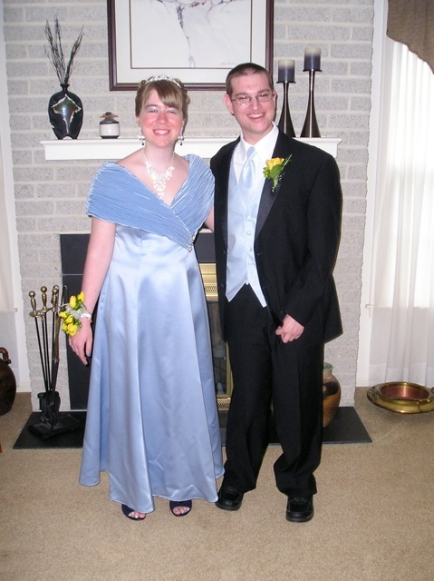 Lydia and her long-time boyfriend, Jason on their way to the senior prom (2002).